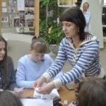 Педагоги ДООЦ учили детей делать голубей и другие поделки из бумаги