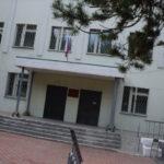 Прокуратура Карпинска оспаривает в суде приватизацию помещения, где работает салон красоты супруги главы