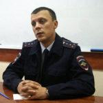 Начальник ГИБДД поздравляет ветеранов с праздником