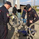 Инспекторы ГИБДД: велосипедисты, вспоминайте правила!