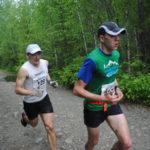 Обычные участники марафона всегда уступали дорогу профессиональным бегунам