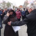 На торжественном открытии дома присутствовал секретарь местного отделения партии «Единая Россия» Николай Индиков