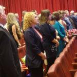 Во время Минуты молчания все гости мероприятия поднялись со своих мест