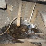 В Карпинске жители двухэтажного дома пятый день живут без воды и тепла