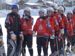 В составах команд были две девушки: Диана Моисеева в команде «Спутник-2005» и Дарья Бухарова в команде «Старт»