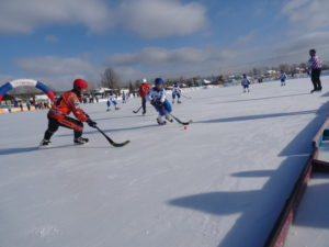 В турнире приняли участие детские хоккейные команды из городов, с которыми «Полиметалл» реализует долгосрочные соглашения о социально-экономическом сотрудничестве