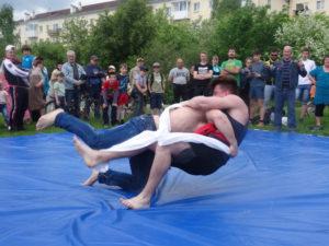 Борьба Куреш - одно из самых ожидаемых состязаний праздника